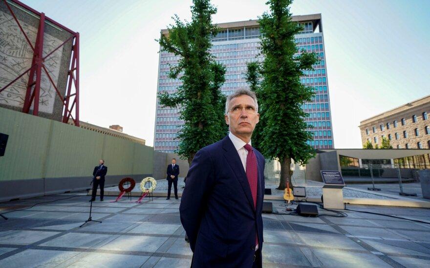 """NATO vadovas Afganistano vidaus derybas sveikina kaip """"istorinę progą"""""""