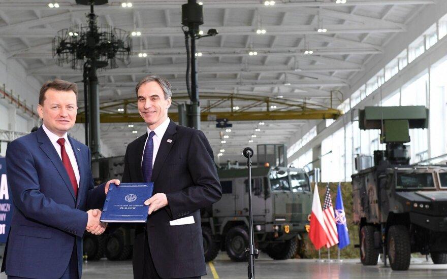 """JAV Valstybės departamentas sveikina sutartį dėl raketų """"Patriot"""" pardavimo Lenkijai"""