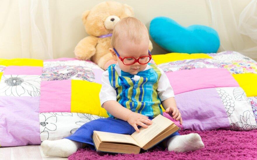Vaikų psichologo akimis: kokią įtaką mažiesiems daro pasakos?