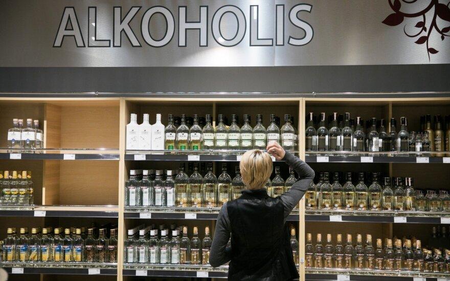 Šiemet alkoholio pardavimas ir akcizų surinkimas sumažėjo