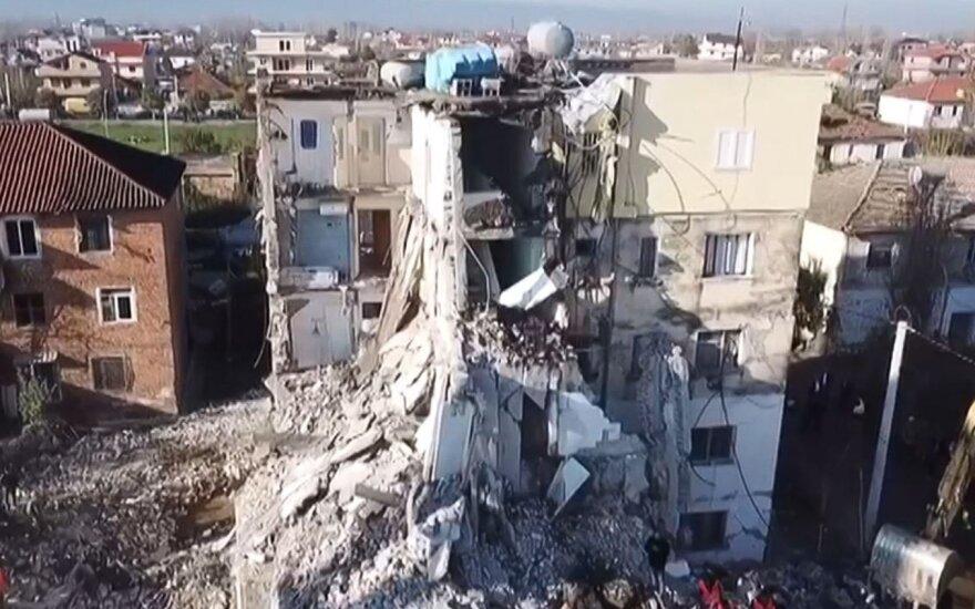 Albanijoje dėl 51 gyvybę nusinešusio žemės drebėjimo sulaikyti devyni žmonės