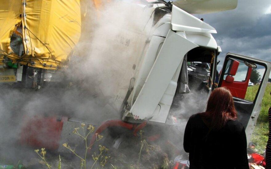 Kraupi avarija Lenkijoje: žuvo du vyrai iš Lietuvos