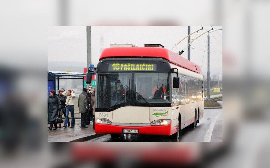 Nauja bilietų sistema trikdo Vilniaus viešojo transporto darbą