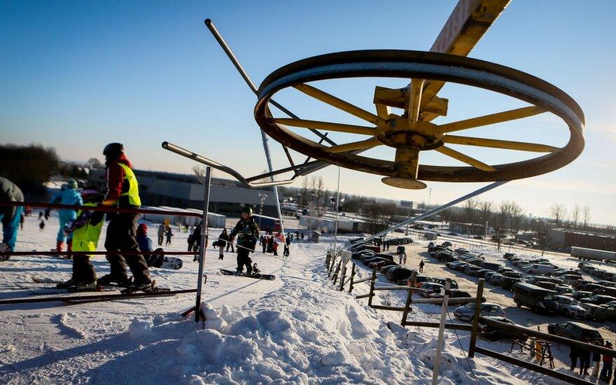 Dalis prekybininkų praranda viltį: žiema sumažino pajamas, pirkėjai keičia įpročius