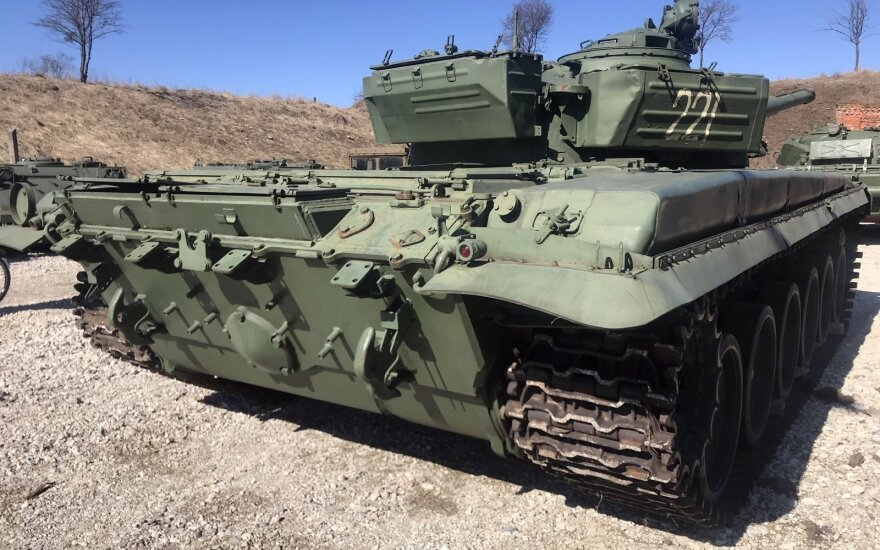 Vilniui paskolinti tankai sugrįžo į Kauną