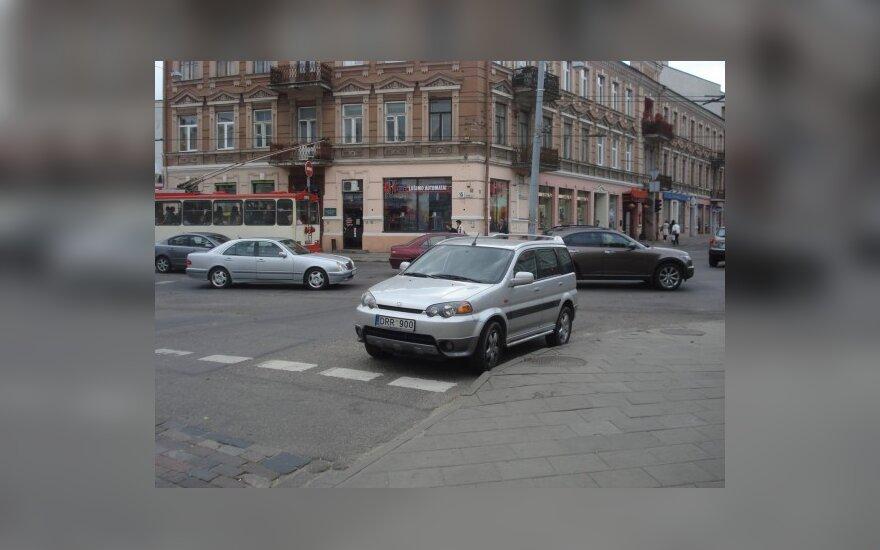 Parkavimas Vilniuje, Trakų ir Pylimo g. sankryžoje. 2009-09-23