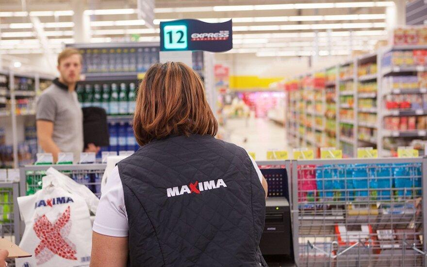 """""""Maxima"""" turi žinių savo darbuotojams: nuo kitų metų kils atlyginimai"""
