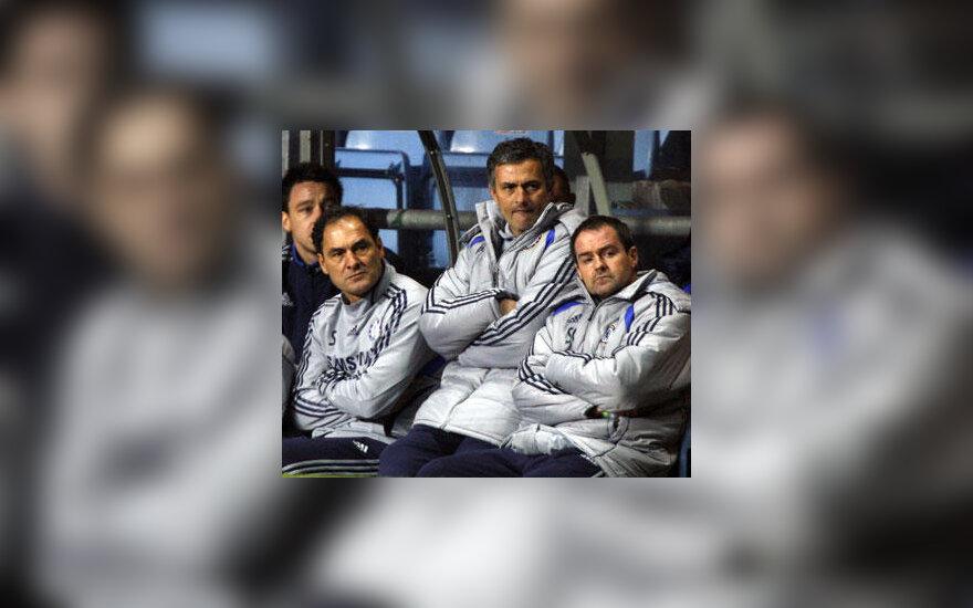 """Nusivylęs Londono """"Chelsea"""" klubo trenerių štabas"""