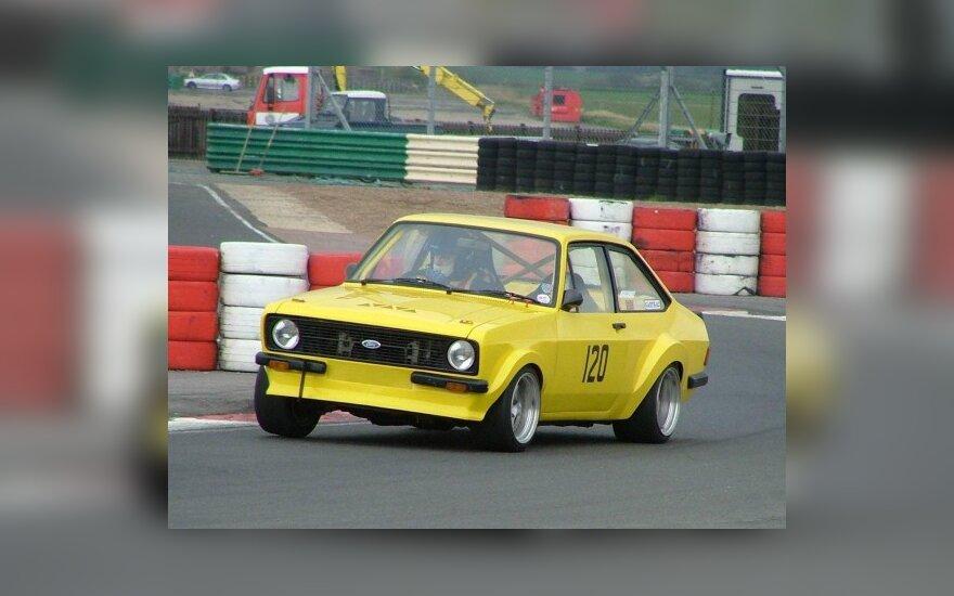 """""""Ford Escort MK1"""" dalyvaus ir lenktynėse Palangoje"""