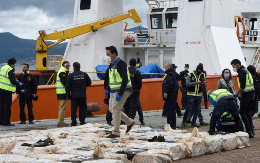 Prie Ispanijos pakrantės konfiskuota 4 tonų kokaino siunta