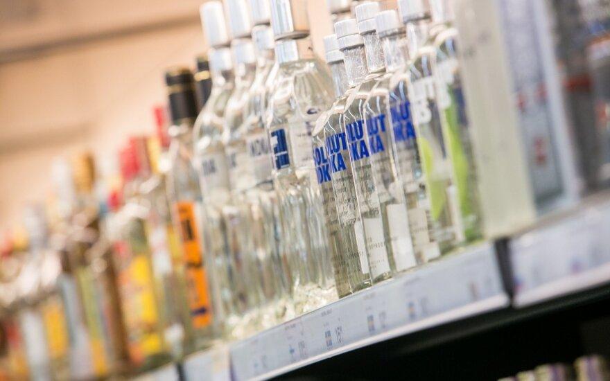 Sudėliojo žingsnius, ką darys su alkoholiu