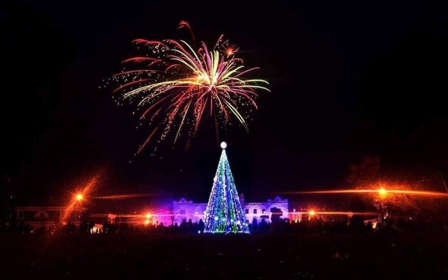 Rokiškis aplenkė visus miestus: pirmieji įžiebs Kalėdų eglę