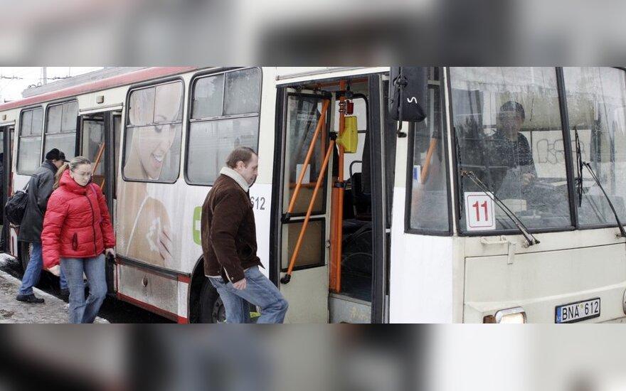 Komforto sąlygų viešajame transporte nereglamentuoja jokie teisės aktai