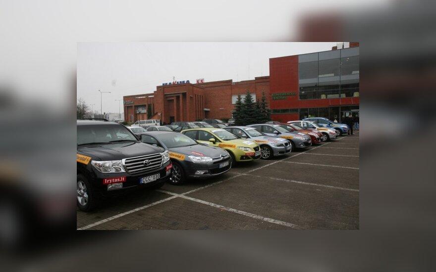 """""""Metų automobilio 2011"""" konkurse – rekordinis vienos markės modelių skaičius"""
