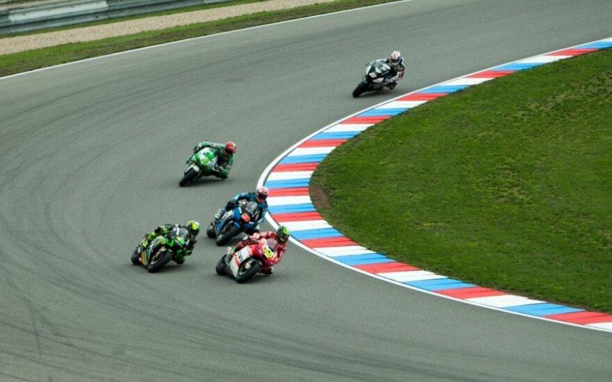 """""""MotoGP"""" etapas Brno (Polas Espargaro - kairėje)"""