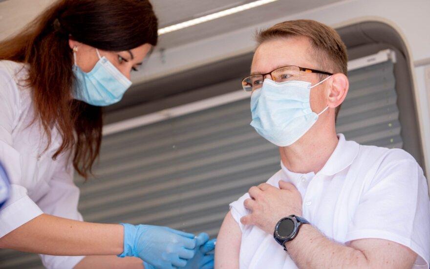 Dulkys: išlaikant dabartinį tempą, 70 proc. gyventojų būtų vakcinuota rugsėjį