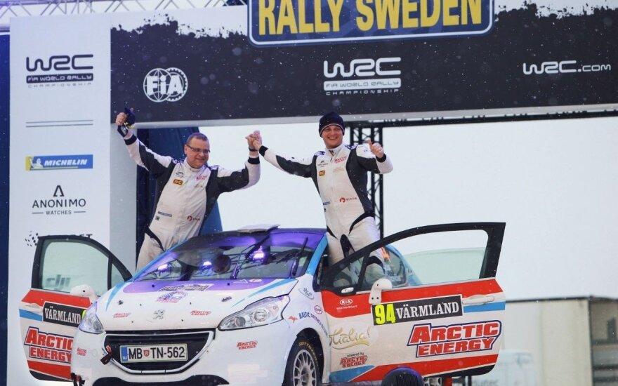 Deividas Jocius ir Donatas Zvicevičius ant finišo podiumo