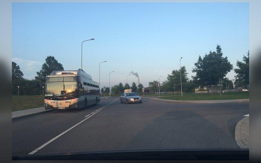 Vilniečio kantrybė trūko: autobusų vairuotojai verčia pažeidinėti KET