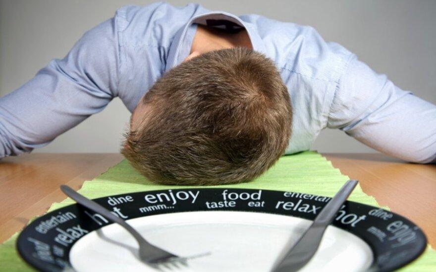 Kas kaltas, kad po pietų norisi miego