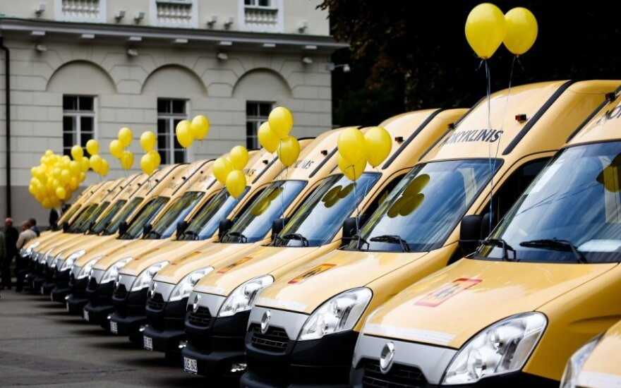 Lithuanian schools receive new buses