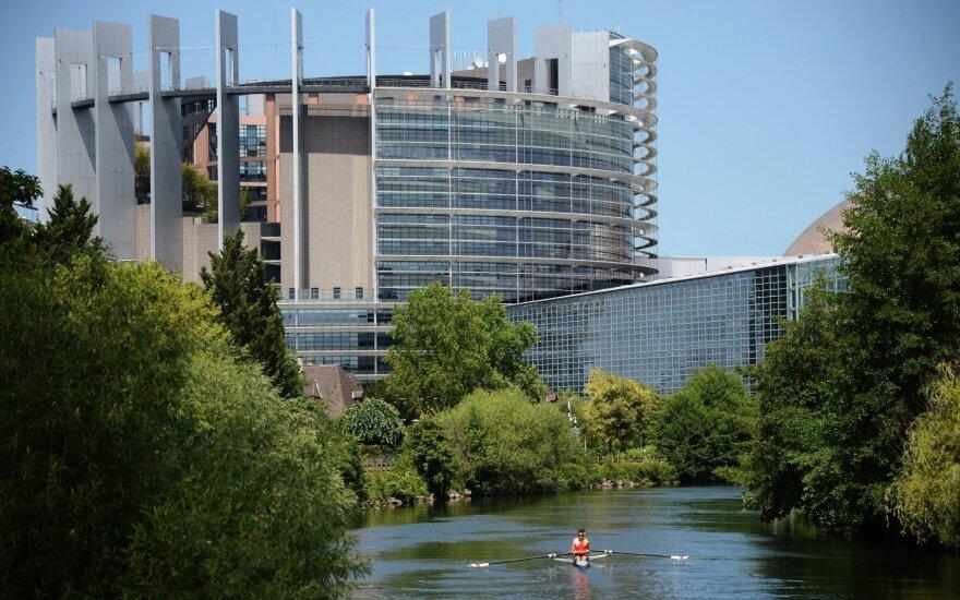 """Lietuvių """"Maršalo plano"""" Ukrainai iniciatyvai ieškoma paramos Europos Parlamente"""
