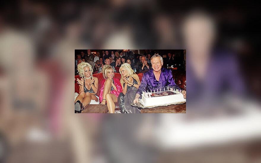 """Žurnalo """"Playboy"""" įkūrėjas Hugh Hefneris švenčia savo 79-ąjį gimtadienį"""