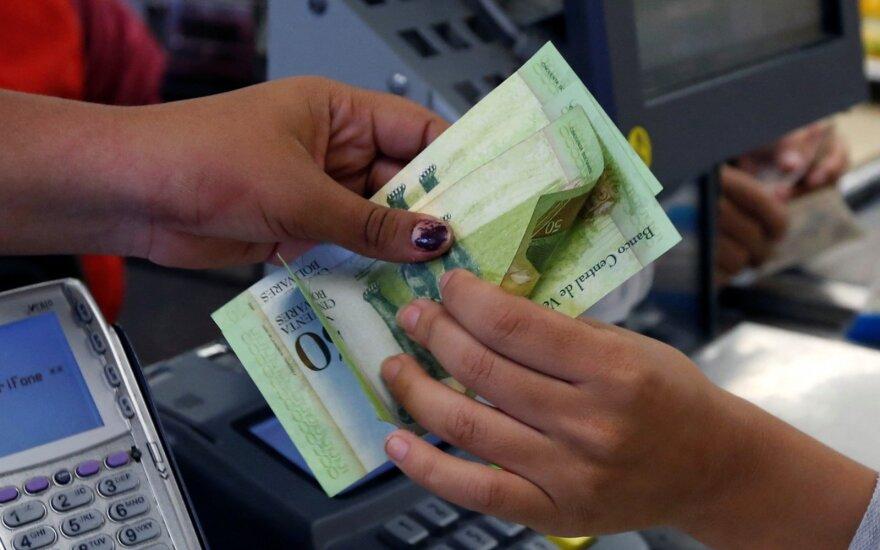Venesuela denominuoja nacionalinę valiutą