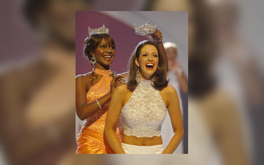 """""""Miss Amerika"""" Deidre Downs"""
