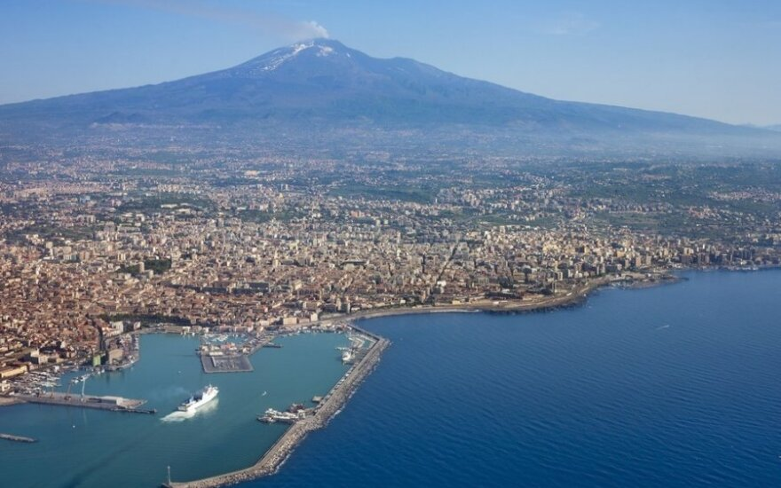 Italijos pakrantėje per 24 valandas išgelbėta beveik 500 migrantų