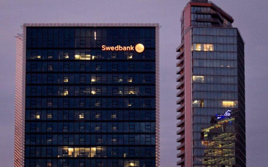 """""""Swedbank"""" suskaičiavo pelną"""