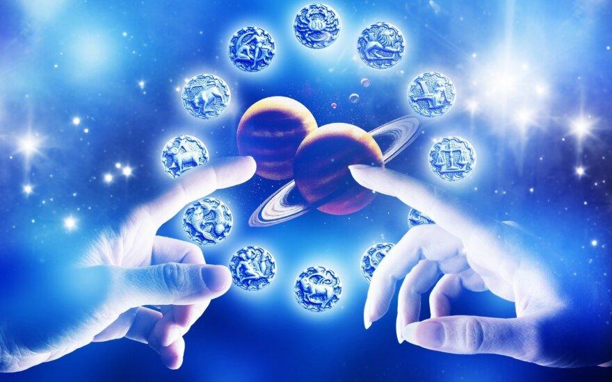 Astrologės Lolitos prognozė vasario 5 d.: stiprių energijų virsmo diena