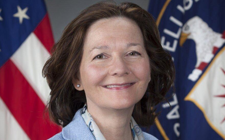 Į CŽA vadovės postą siūloma slaptų operacijų veteranė Gina Haspel