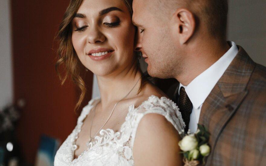 Draugas poros namuose gyveno dvi savaites prieš vestuves.