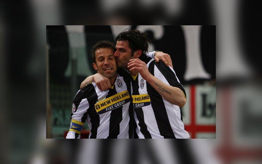 """Alessandro Del Piero ir Vincenzo Iaquinta (""""Juventus"""") džiaugiasi įvarčiu"""