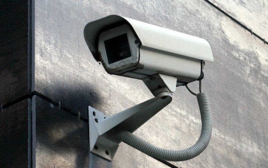 Šilutėje įrengtas kameras ims stebėti nuolat: įdarbins vietinius