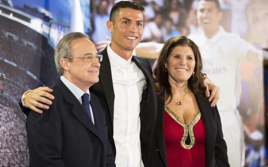 "C. Ronaldo ilgam lieka ""Real"" klube – per savaitę uždirbs beveik pusę milijono"