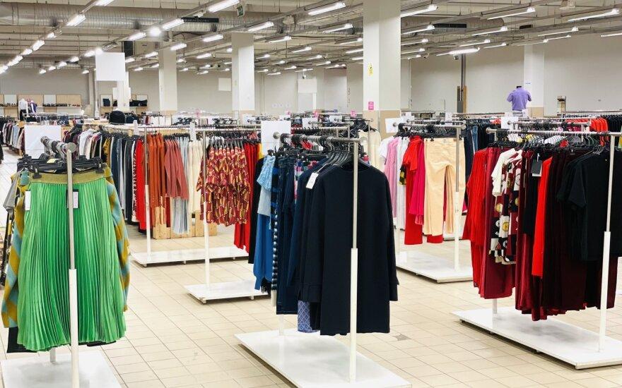 Vieta, apie kurią privalo žinoti kiekvienas stileiva: čia rasite drabužių ir aksesuarų didžiausiomis nuolaidomis Europoje