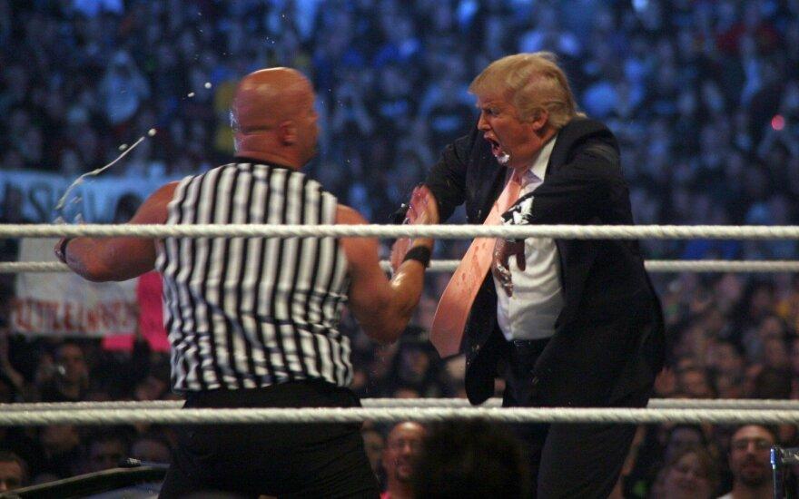 Naujojo JAV prezidento D. Trumpo kraityje – net pergalė amerikietiškų imtynių ringe