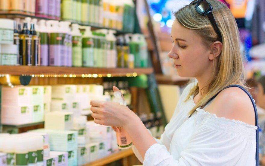 Moters išpažintis: uždirbu gerai, tačiau bevardėse parduotuvėlėse perku baltarusišką kosmetiką