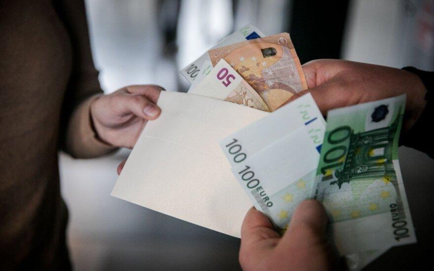 """Panevėžietis nuteistas dėl nesumokėtų mokesčių: turės atsisveikinti su 390 tūkst. """"sutaupytų"""" eurų"""