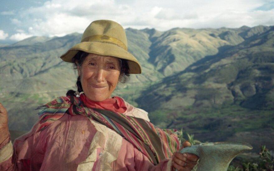 Aplink pasaulį dviračiais per 525 dienas: valtele į Kolumbiją