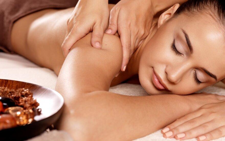 Kai rankos daro stebuklus: tikroji masažo nauda