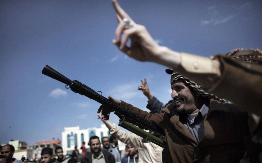 Haftaro pajėgos Libijoje skelbia perėmusios strategiškai svarbaus miesto kontrolę
