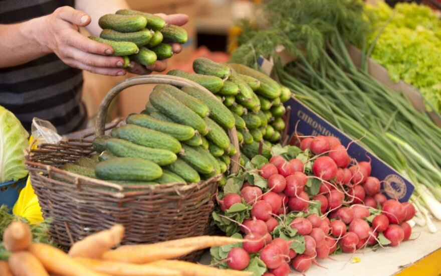 Prekybos centruose daržovių skonis vis labiau vienodės