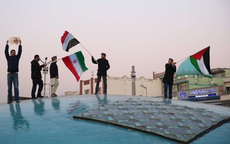 """Irakas sako iš Irano gavęs """"oficialią žinutę žodžiu"""" prieš atakas"""