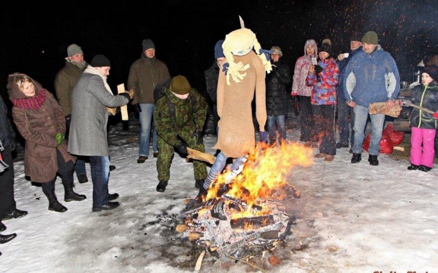 Tartu lietuviai smagiai atšventė Užgavėnes
