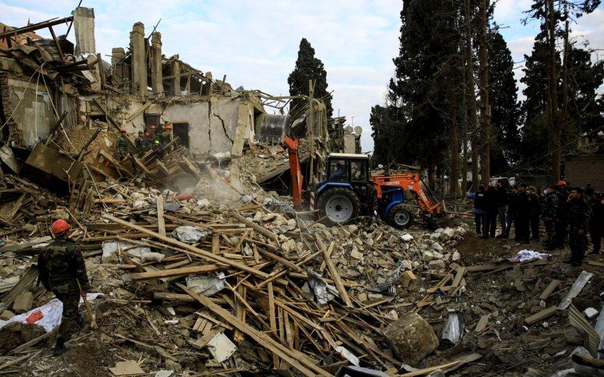 Nepaisant paliaubų, Kalnų Karabache ir toliau aidi sprogimai