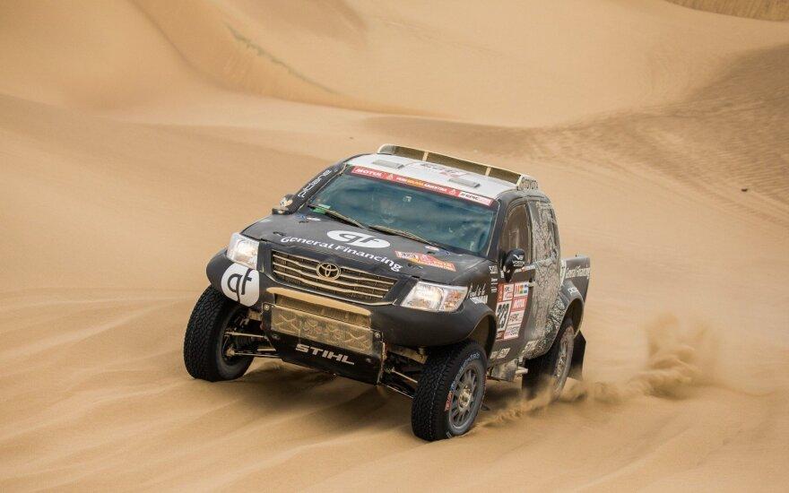 Šeštasis Dakaro etapas: pirmasis iš lietuvių finišą pasiekė Vanagas