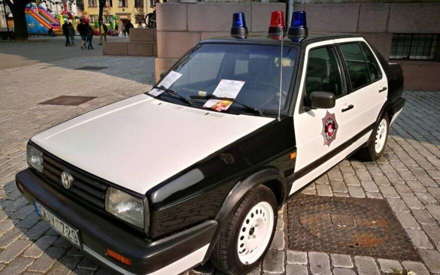 """Istorinis policijos automobilis """"Volkswagen Jetta"""" atgimė naujam gyvenimui"""