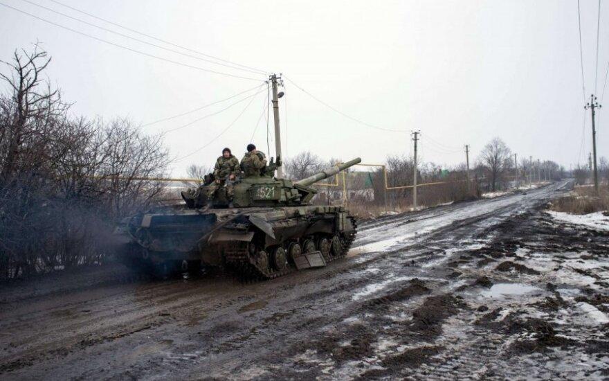 Ukrainos kario žmonos pasakojimas: vyras išgulėjo dvi paras karo lauke tarp mirusiųjų